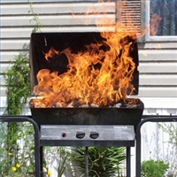 grill-flaming-up